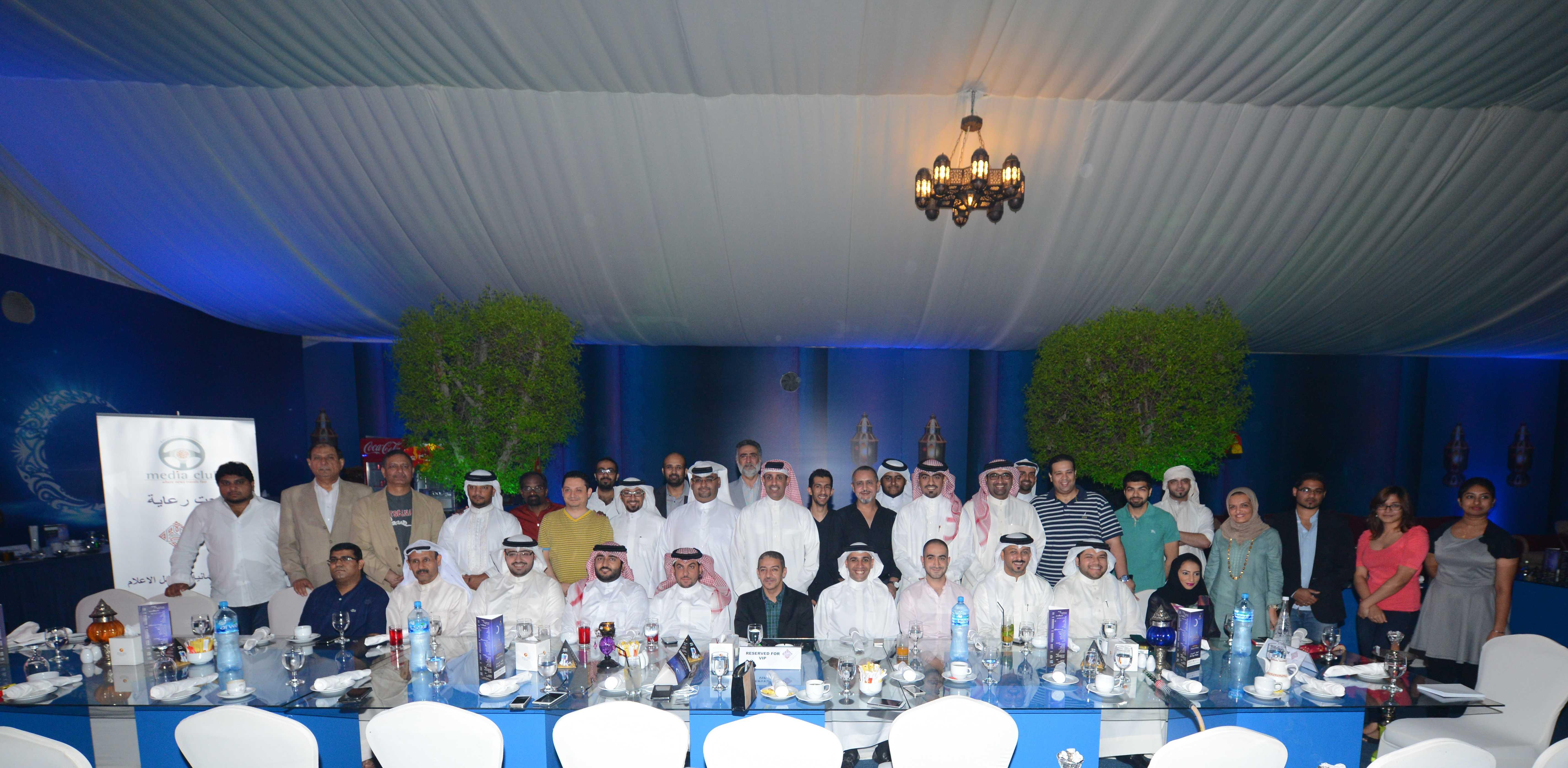 وسط حضور كبير من شخصيات رياضية وإعلامية  نادي حلبة البحرين الدولية للإعلام يقيم غبقته الرمضانية